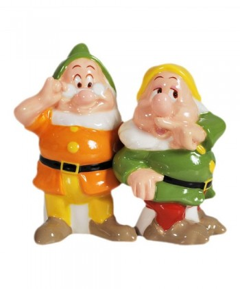 Round Up Mickey Fix Snow-White-and-the-Seven-Dwarfs-Doc-and-Sneezy-Salt-and-Pepper-Shakers-500x600