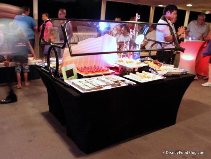 Center Dessert Bar Set Up