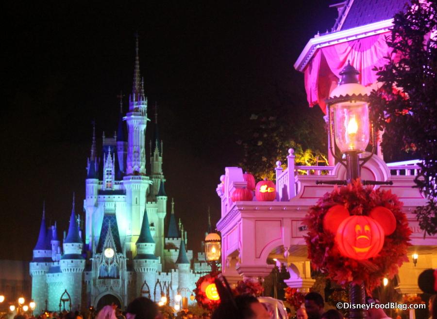 News: Mickey's Not-So-Scary Halloween Party Eats and Treats | the ...
