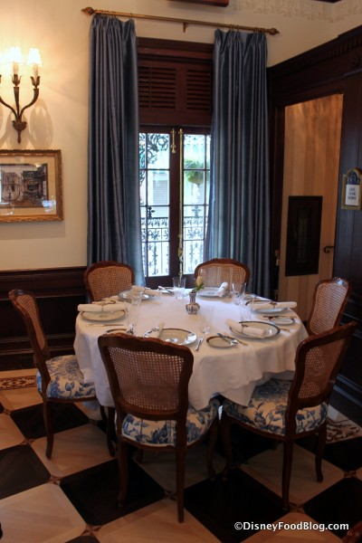 Club 33 Seating