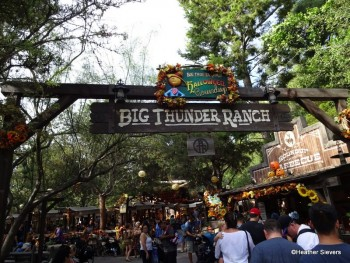 Big Thunder Ranch Halloween TIme