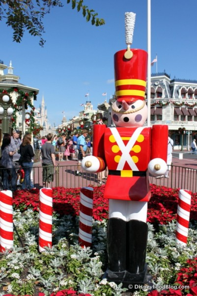 The Holidays are Here in Magic Kingdom!