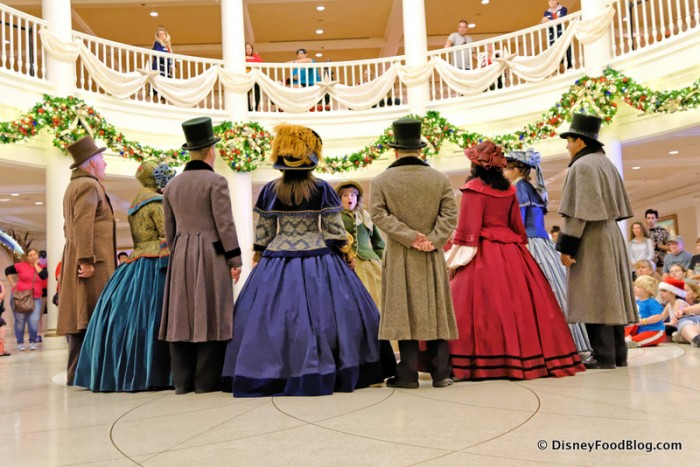 Dickens Carolers Sing for Guests
