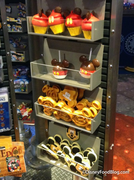 New Display of Mickey Mouse Snack Magnets