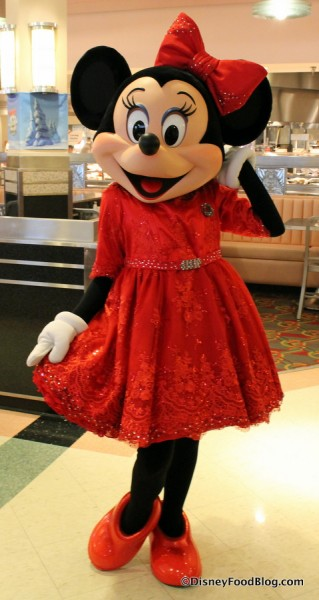 Minnie Mouse Celebrates the Holidays at Hollywood and Vine