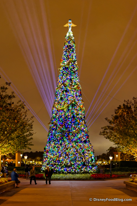 epcot christmas tree - When Does Disney Decorate For Christmas 2018