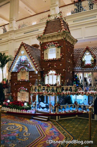 GrandFloridianGingerbreadDisplay_15-14
