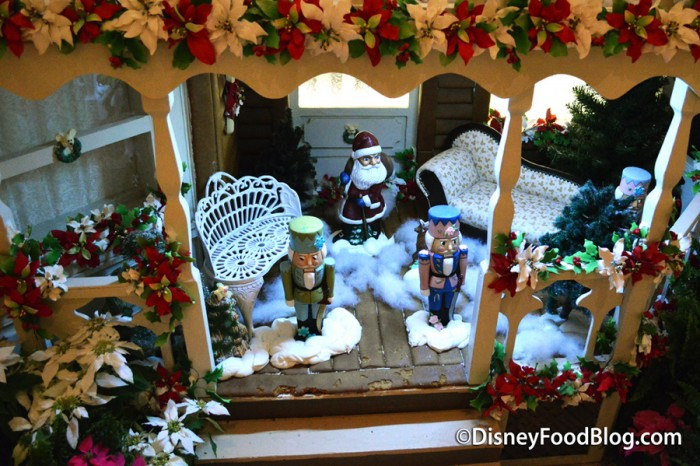 Grand Floridian Gingerbread House details