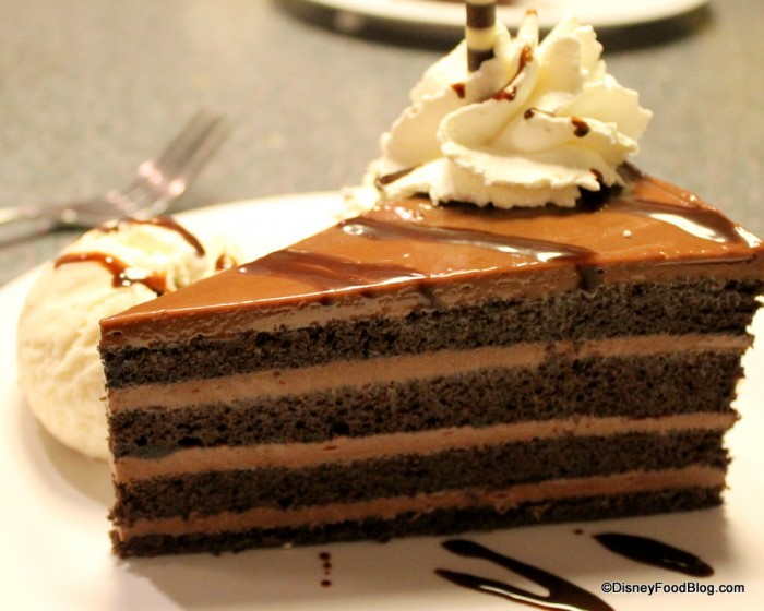 Mom's Favorite Chocolate-Peanut Butter Layers Cake_50sPrimeTime_15-002