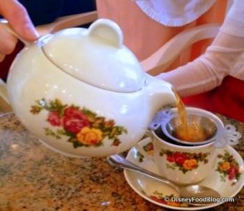 Pour Tea Garden View