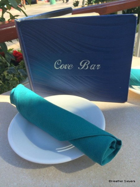 Cove Bar Place Setting