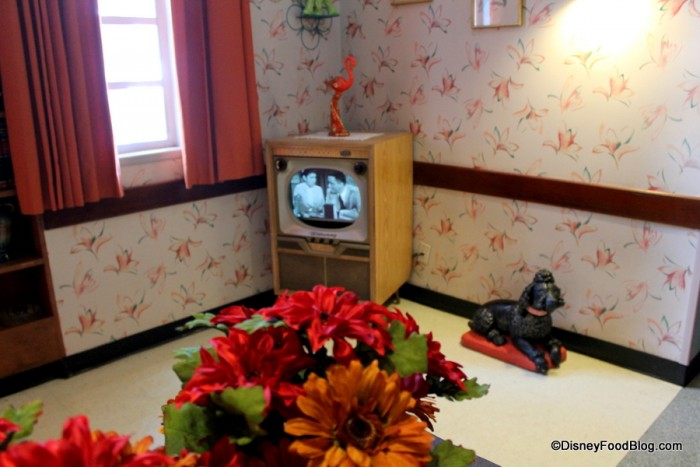 50s Decor in Lobby