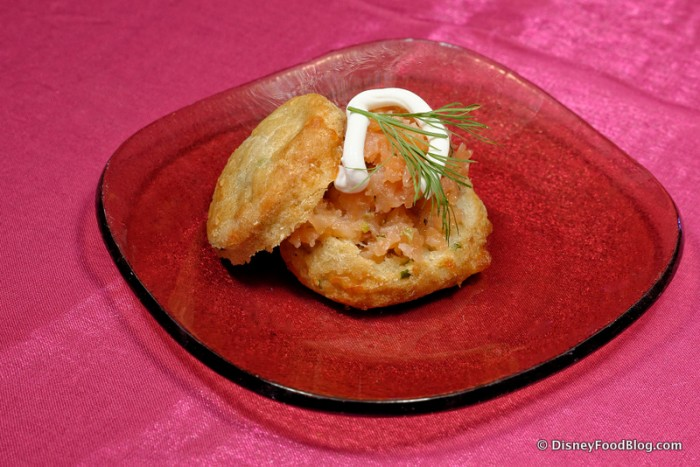 Cheddar Biscuit and Smoked Salmon Tartare