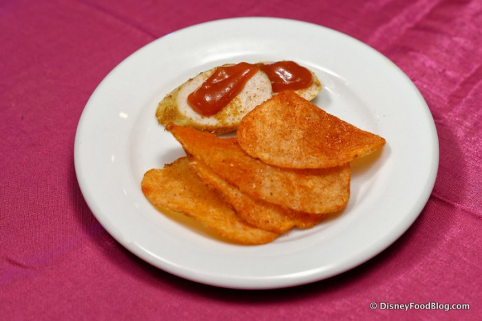 Currywurst and Paprika Chips