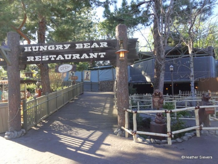Hungry Bear Restaurant in Critter Country
