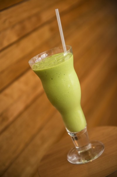 Replenish with this spinach-packed smoothie ©Disney