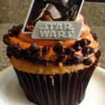Review: Star Wars Cupcake at Contempo Cafe in Disney's Contemporary Resort