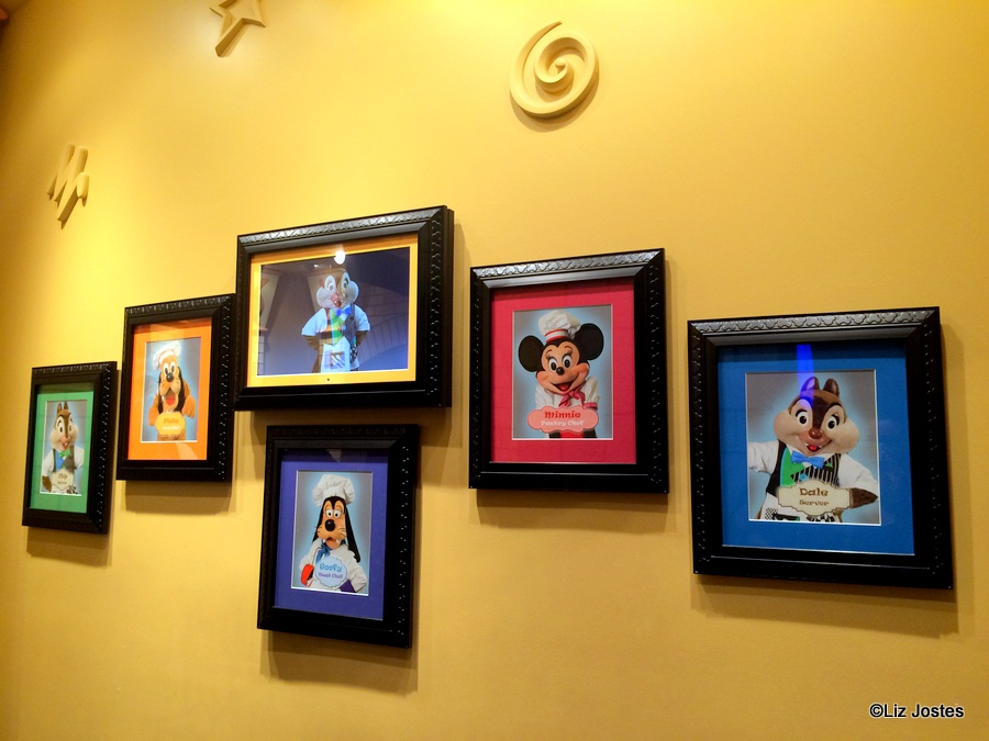 Guest Review Breakfast At Goofy S Kitchen At The Disneyland