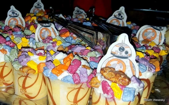 BB-8 Lemon cake with Vanilla Buttercream