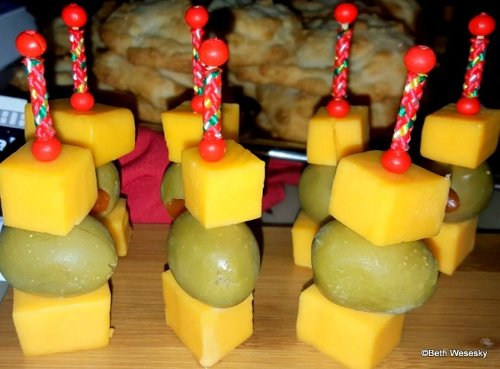 Cheddar and Green Olive Sabers