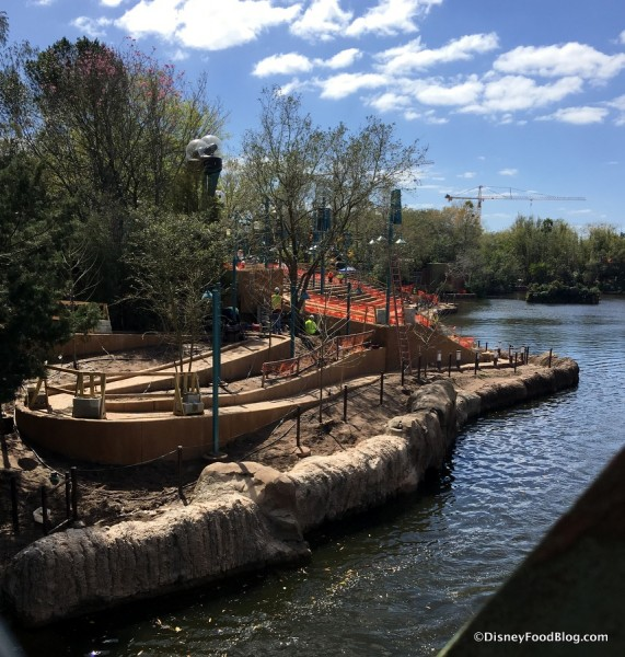 Final weeks of Rivers of Light construction