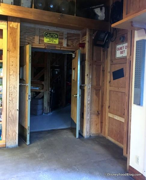 Doors to Sci-Fi Dine-In