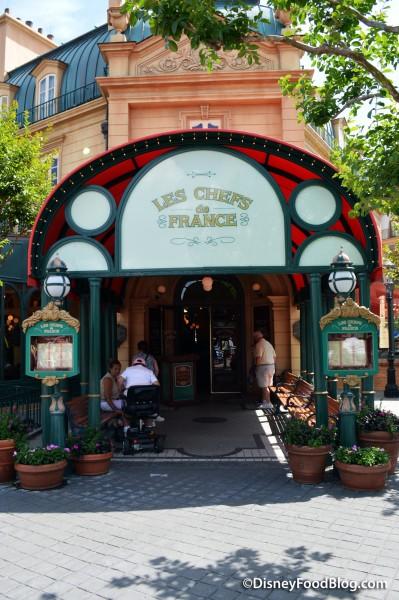 Entrance of Chefs de France