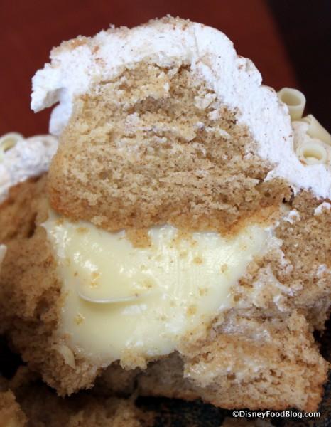 Churro Cupcake -- Inside