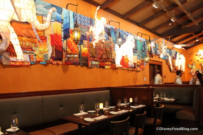 Grand Gallery Lantern Wall at Tiffins inspired by Rivers of Light show