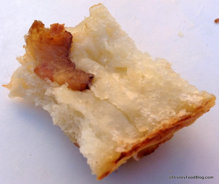 Final bite of the Roulé Lard and Fromage