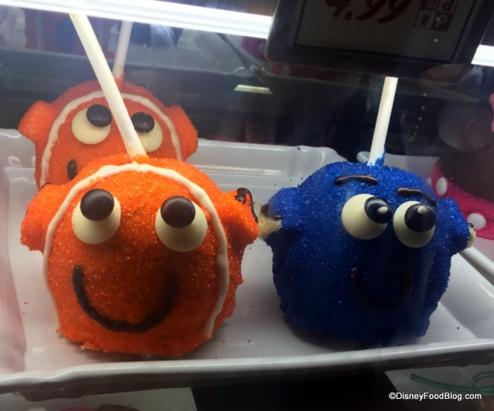 Nemo and Dory Caramel Apples