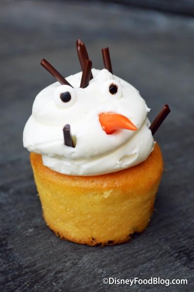Olaf Vanilla Mini Cupcake