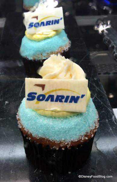 Soarin' Cupcake