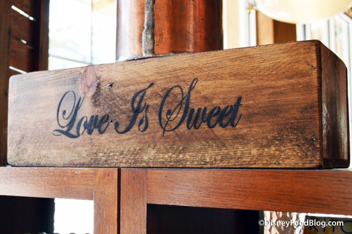 """""""Love Is Sweet"""" Sign"""