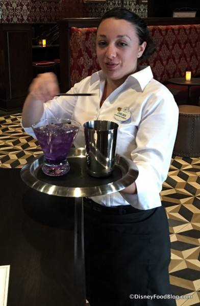 Bartender with a Conjurita