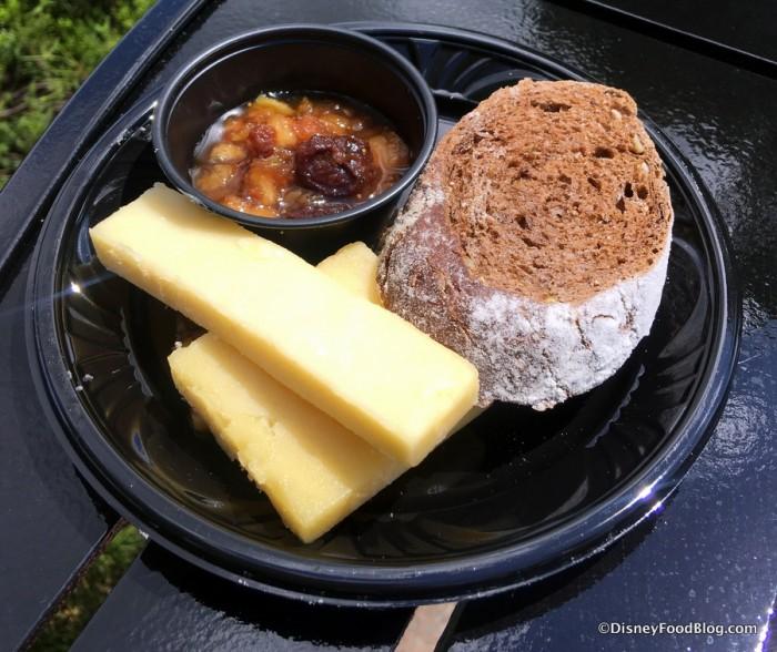 Irish Cheese Selection Plate: Irish Cheddar, Dubliner and Irish Porter