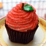 Review: Candy Apple Cupcake at the Contempo Cafe in Disney's Contemporary Resort