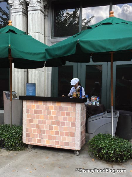 Pop-up Bar in Hollywood Studios