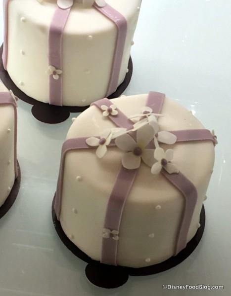 Coffee Time Petit Cake