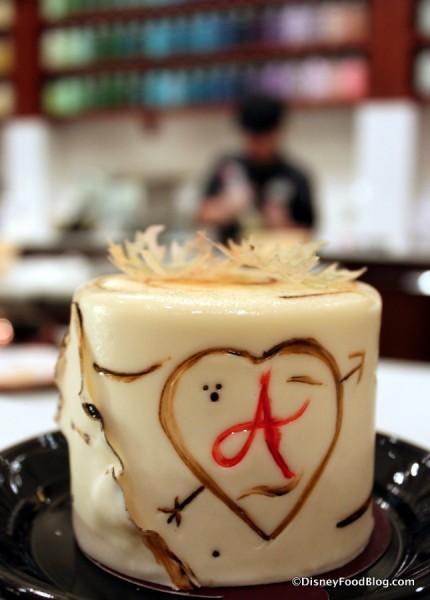 Petit Apple Cake -- Decoration Detail