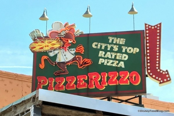 New DFB Video Review: PizzeRizzo at Disney's Hollywood Studios