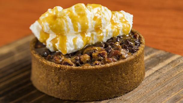 Chocolate Pecan Tart at Seasonal Southern Delights © Disney