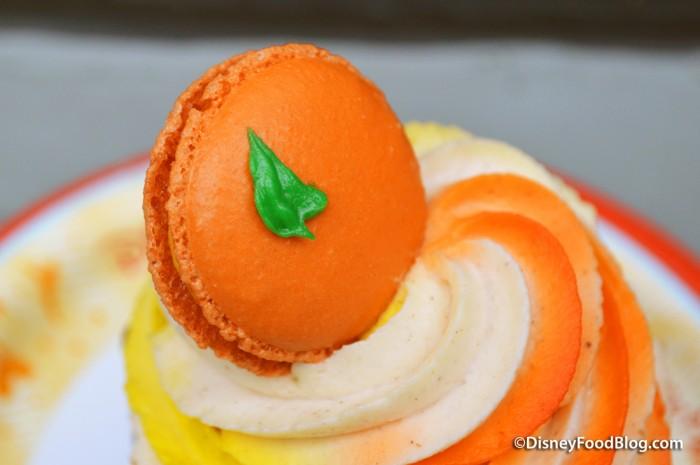 Mini Pumpkin Macaron