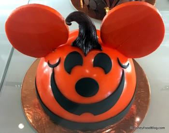 Amorette's Mickey Pumpkin Cake