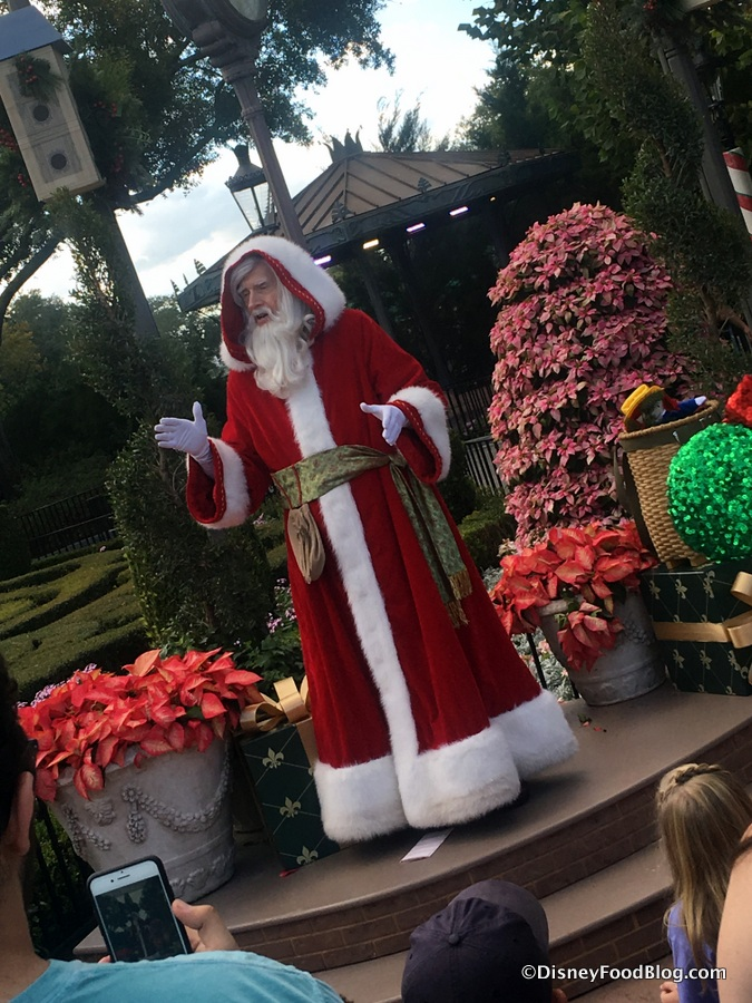 Best of epcot 39 s holidays around the world food booths - Pere noel disney ...