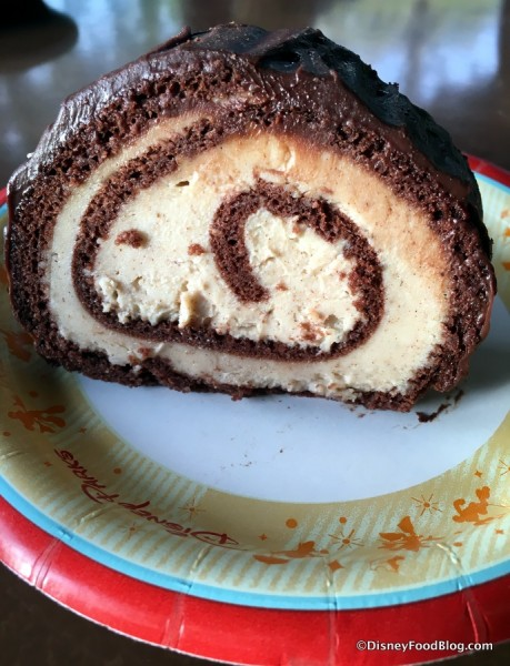 Pumpkin Cheesecake Roulade