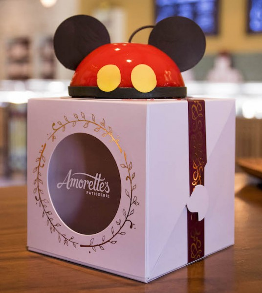 Mini Mickey Dome Cake ©Disney