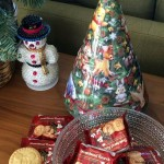 Spotted: Musical Christmas Tree Shortbread Cookie Tin That's Awesome