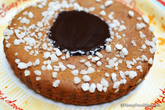 Gingerbread Almond Cookie -- A Closer Look