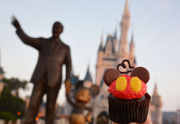 Love Mickey Cupcake ©Disney